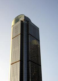 上海港汇大厦侧面图