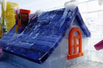 冰雕圣诞老人小屋