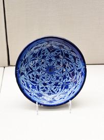 蓝色花纹碗