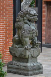 北仑公园石狮子