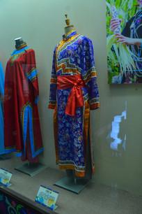 少数民族服装达斡尔族