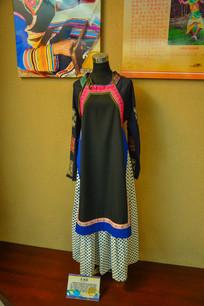 少数民族服装基诺族