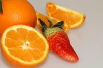 柚子草莓静物水果摄影