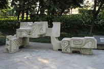 抽象龙雕刻
