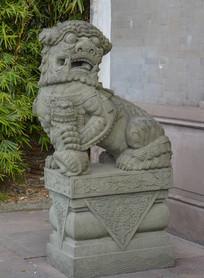东安会馆石狮子