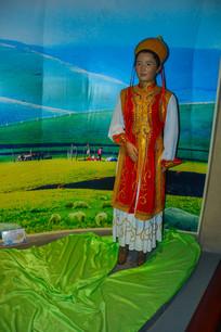 蜡像蒙古族女子