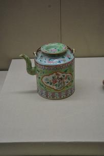 马来西亚博物馆藏品娘惹茶壶