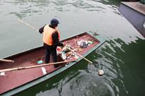 三峡水库清漂作业