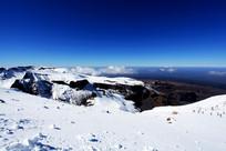 长白山北坡秋季积雪