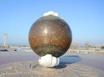 广场金属装饰地球仪