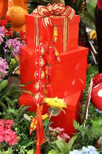 三层节日礼盒