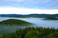 山岭森林晨雾风光