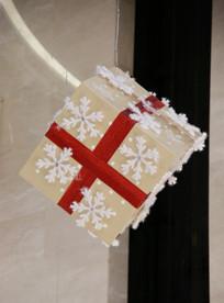 雪花图案圣诞礼物盒