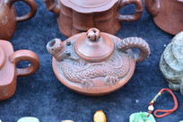 龙嘴形茶壶