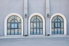 欧式拱形玻璃窗户装饰墙