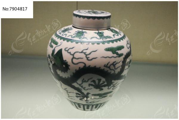 清乾隆白釉绿彩龙纹盖罐