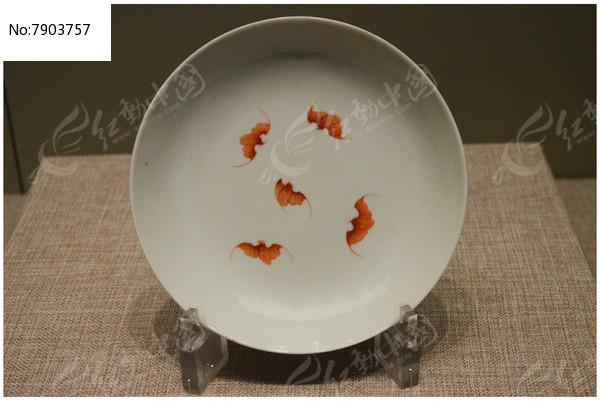 清乾隆矾红五蝠粉彩大盘