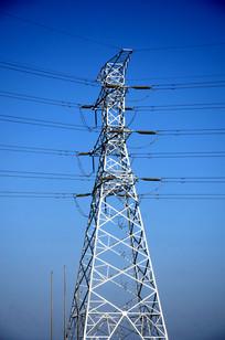 电力输电线铁塔