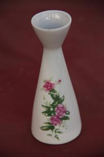 花卉图案白瓷酒壶