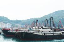 停靠的渔船