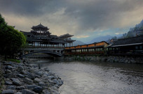 建筑瑰宝西江千户苗寨廊桥