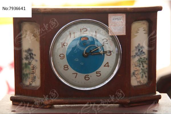 老物件七十年代座钟图片