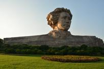 毛泽东石像