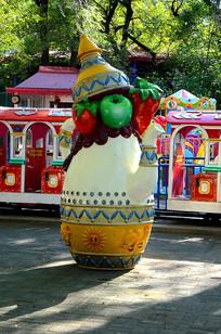 彩色茶壶雕刻