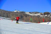 滑雪的运动员