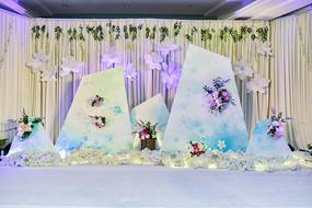 婚礼庆典白色花唯美背景图