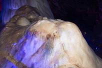 火山状钟乳石