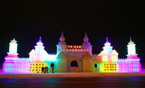 欧洲城堡冰雕夜色