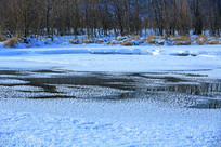 冬季河流雪韵