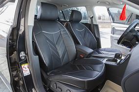 驾驶室灰色汽车坐垫