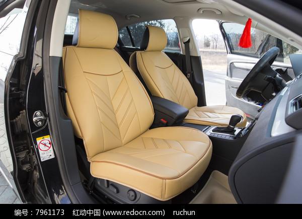 驾驶室米色汽车坐垫图片