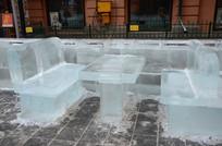冰雕桌子椅子