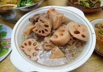 脊骨莲藕汤