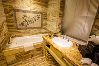 酒店瓷砖卫生间