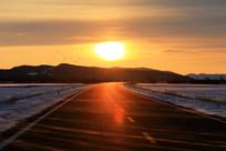 雪原公路白毛风