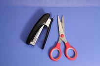 剪刀钉书机