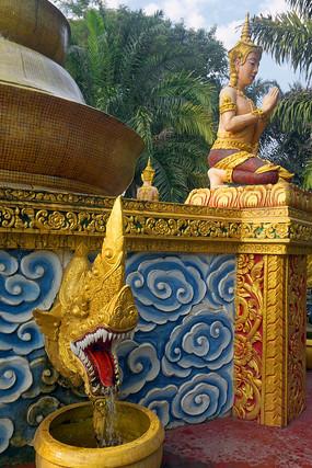 傣族神龙喷泉雕塑