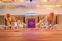 婚礼舞台照明布置
