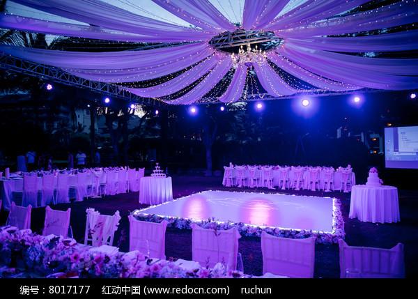 婚庆灯光舞台布置图片