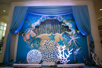 蓝色布艺婚礼布置