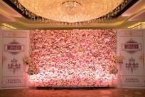 水晶灯花艺婚礼布置