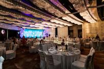 新婚餐桌舞台