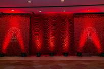 新婚红色舞台布置
