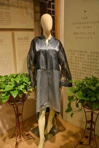 黑色麻棉服饰