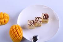 芒果牛奶糕