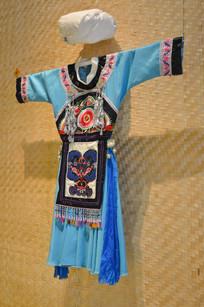 水族女子服饰